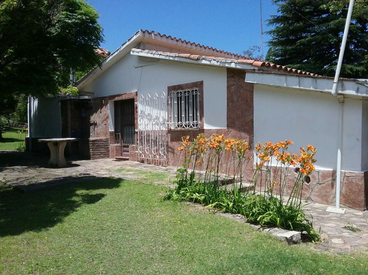 Alquiler en Colanchanga, Rio Ceballos La Quebrada.